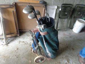 Lady Classic golf clubs, bag and cart
