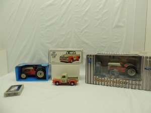 Various Scales Ertl/First Gear, etc. Ford (4)-items