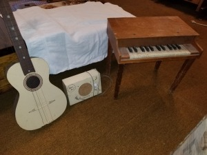 Music Pal Amp Guitar And Piano Lot