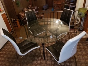 Glass Top Table (4) Chairs