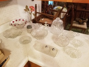 CRYSTAL GLASSWARE LOT