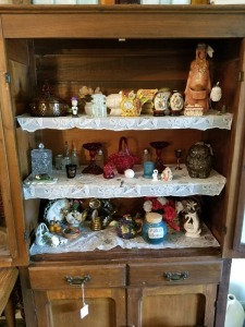 Cabinet Contents Lot - Glassware And Home Décor