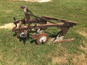 Oliver 2-bottom Mounted Plow