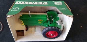 1/16th Spec Cast Oliver Row Crop 88