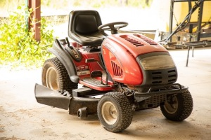 Troy Built 46 inch cut riding mower, Serial Number 1L211H20177, 518 hours