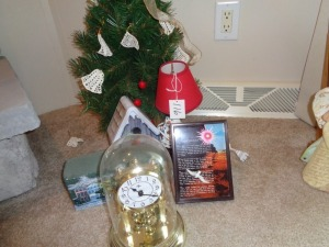 Anniversary Clock, Christmas tree,foootprints music box, etc.