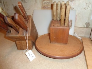 Knife set, Cutting board and Trivet