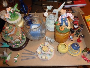 Miniature duck tea set, music boxes, miniature windchime etc..