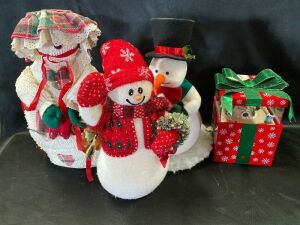 Snowman Collection in Tote