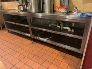 10 FT STAINLESS SERVICE TABLE With Sink