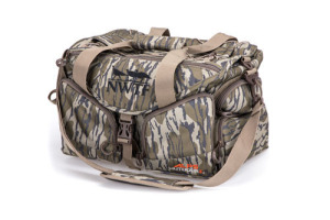Floating Deluxe Blind Bag in NWTF Original Bottomland