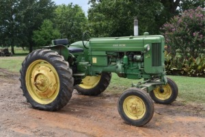John Deere 40-T with Wide front