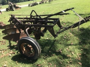 John Deere 3 Bottom Trip Plow