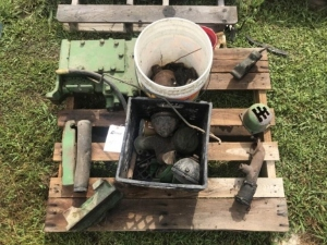 John Deere Sickle Anvil, Carburetor Parts, an, Shifter Quadrant