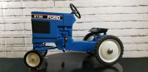 Scale Models Ford 8730