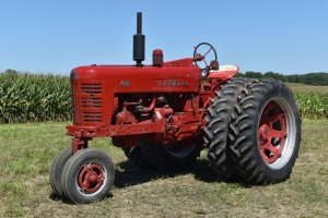 Farmall 400 Gas Row Crop with Duals