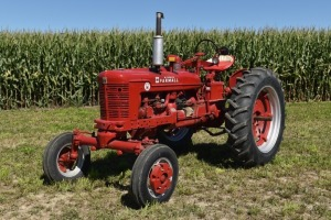 Farmall Super H with IH Wide Front