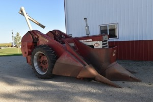 Farmall 460 Gas with Mounted 2 Row Picker