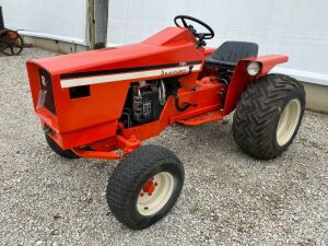 Allis Chalmers 720 Gas  Lawn Tractor