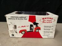 MAYTAG 1:25 SCALE 1953 INTERNATIONAL SERVICE VAN - 3