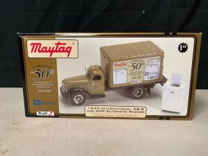 MAYTAG 1949 INTERNATIONAL KB-8