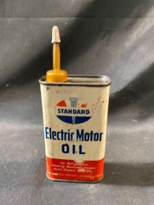 STANDARD ELECTRIC OIL CAN - FULL