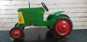Magnuson Custom Oliver Row Crop 66 pedal tractor