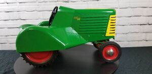 Magnuson Custom Oliver 66 Orchard pedal tractor
