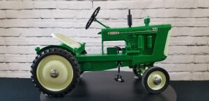 Magnuson Custom Oliver Lugmatic 995 GM Diesel pedal tractor