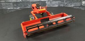 1/16th K&L Toys Custom Versatile windrower/swather