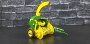 1/16th Customized Carter John Deere forage harvester