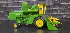 1/16 Scale Cottonwood Acres Custom John Deere 55 EB Corn Special