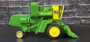 1/16 Scale Cottonwood Acres Custom John Deere 55 Corn Special