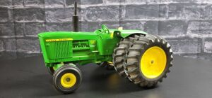 1/16 Scale Customized Ertl John Deere 5020 Diesel