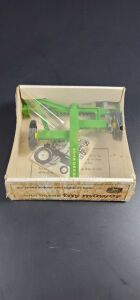1/16 Scale Ertl John Deere BUBBLE BOX Stock No. 546