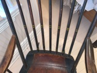 Early American Comb Back Rocking Chair - 4