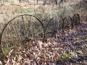 (4) Antique Wagon Wheels 32 IN - 36 IN