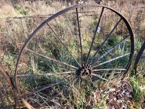 (4) Antique Wagon Wheels 42 IN - 51 IN