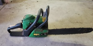 John Deere CS40 Chainsaw