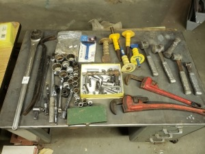 Large Ratchet And Pipe Wrenches Lot