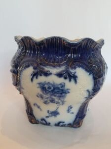 Flow Blue Chamber Pot