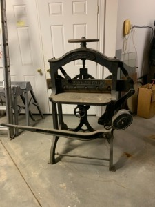 Antique Newspaper Cutter - Shniedewend & Lee Co. Chicago, IL