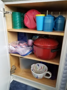 Cabinet Contents Lot - Tupperware And Plastic Water Bottles