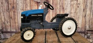 Ertl New Holland TM165