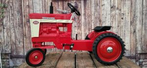 Scale Models Farmall 460