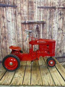 Eska Farmall Large M Type 1