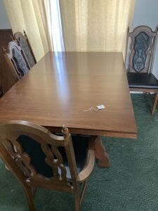 Dining table ,3 leaves , 6 chairs