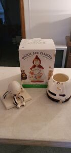 "Jonal Cookie Jar Classics ""Little Red Riding Hood"" Cookie Jar! Plus more see pictures"