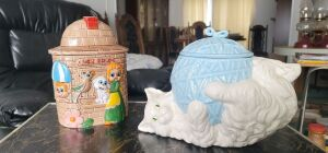 Vintage Pet Shop, Cat playing with yarn Cookie Jars