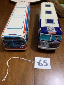 2 Cragston Greyhound busses